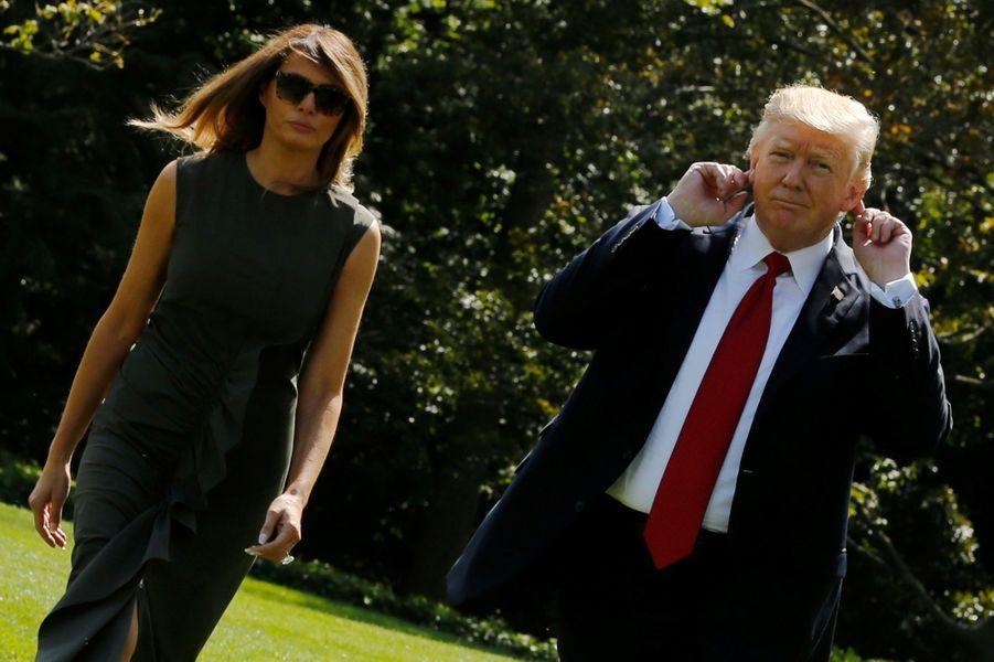 Donald et Melania Trump quittent la Maison Blanche pour Camp David, le 8 septembre 2017.