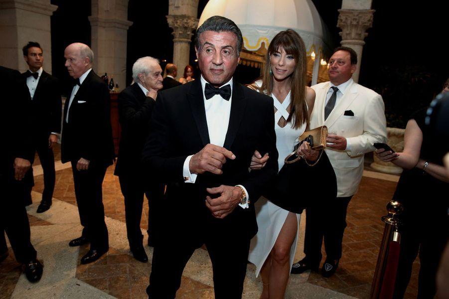 Sylvester Stallone et sa femme Jennifer Flavin à la soirée du Nouvel An de Donald Trump, le 31 décembre 2016 à Mar-a-Lago.