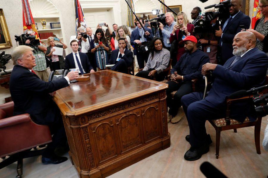 Donald Trump a reçu à la Maison Blanche le rappeur Kanye West.