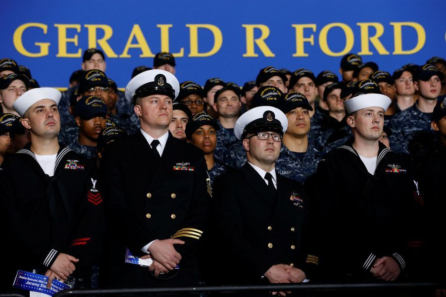 Le personnel militaire à bord du porte-avions Gerald Ford, le 2 mars 2017.