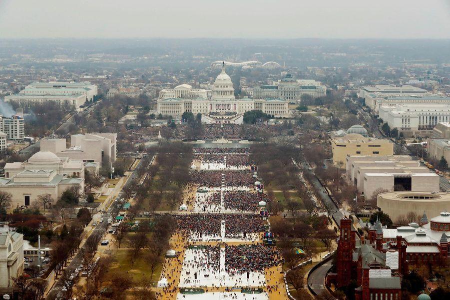 Le 20 janvier 2017 : première grosse colère du président américain Donald Trump, qui n'a pas supporté que la foule soit clairsemée pour son investiture.A voir :Les photos décalées de l'investiture de Donald Trump