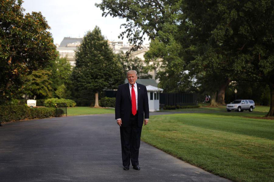 Donald Trump quittant la Maison Blanche, le 30 août 2017.