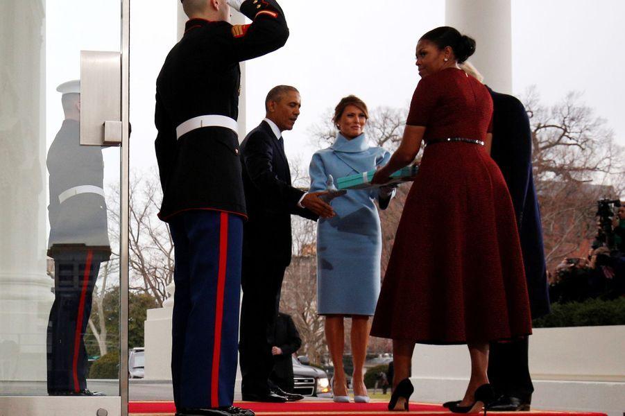 Barack Obama, Michelle Obama, Donald Trump et Melania Trump à la Maison Blanche, le 20 janvier 2017.