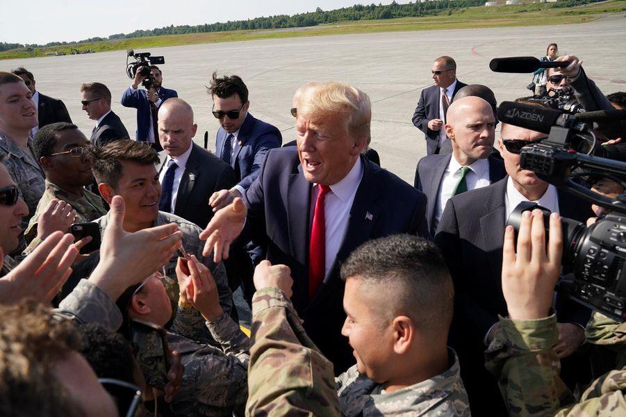 Donald Trump avant d'embarquer à bord d'Air Force One, le 26 juin 2019.