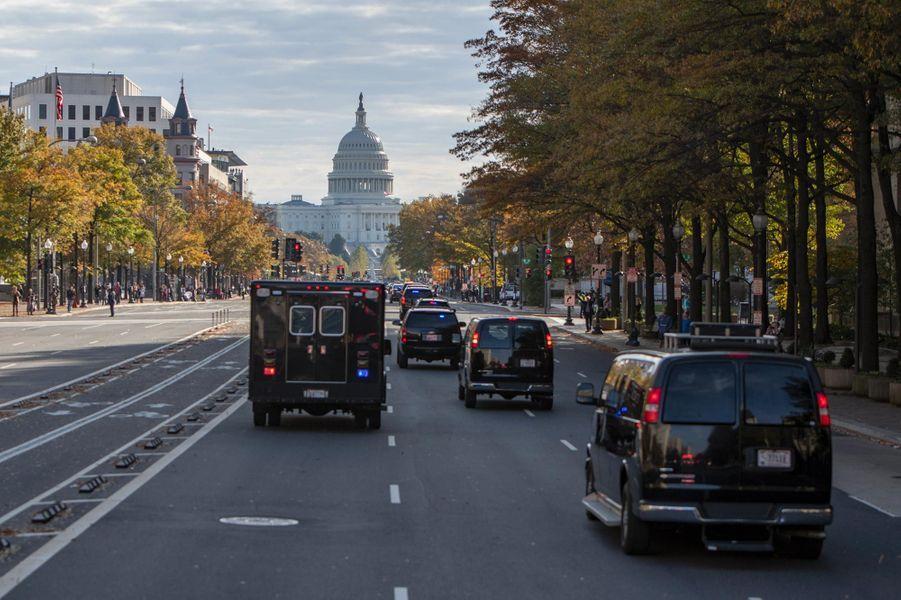 Le cortège automobile conduisant Donald et Melania Trump à la Cour suprême, le 8 novembre 2018.