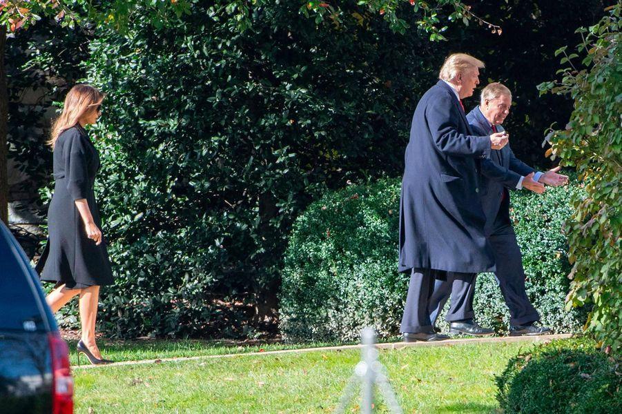 Melania et Donald Trump, avec le sénateur de la Caroline du Sud Lindsey Graham, le 8 novembre 2018.