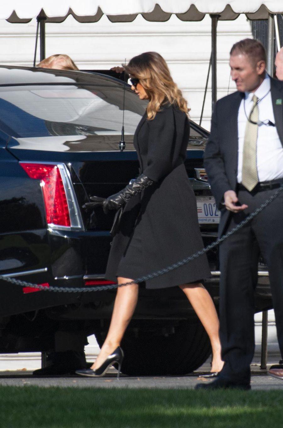 Melania Trump quittant la Maison-Blanche, le 8 novembre 2018.