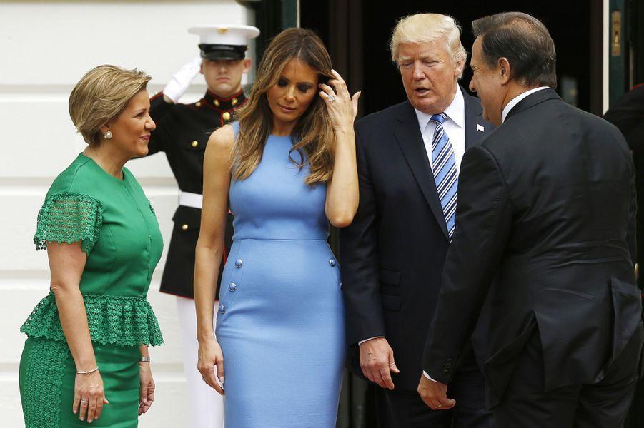 Lorena Castillo de Varela,Melania et Donald Trump et Juan Carlos Varela à la Maison Blanche, le 19 juin 2017.