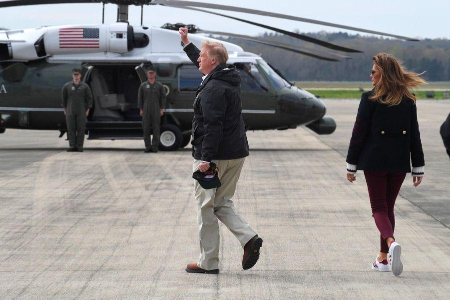 Donald et Melania Trump avant de s'envoler pour l'Alabama, le 8 mars 2019.