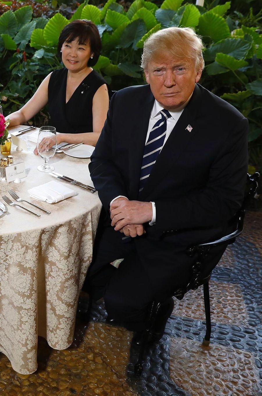 Akie Abe et Donald Trump à Mar-a-Lago, le 17 avril 2018.