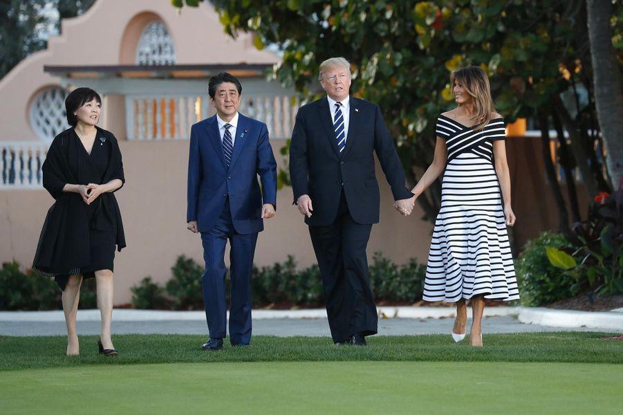 Akie et Shinzo Abe, Donald et Melania Trump à Mar-a-Lago, le 17 avril 2018.