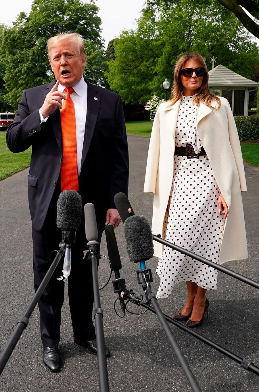 Donald et Melania Trump quittant la Maison-Blanche, le 24 avril 2019.