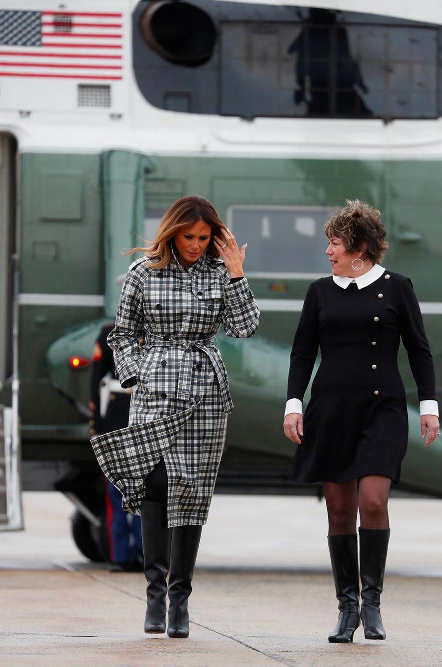 Melania Trump avant d'embarquer à bord d'Air Force One, le 9 novembre 2018.