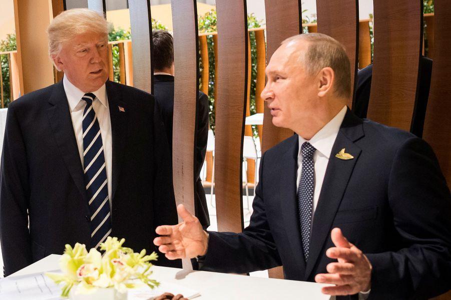 Donald Trump et Vladimir Poutine à Hambourg, le 7 juillet 2017.