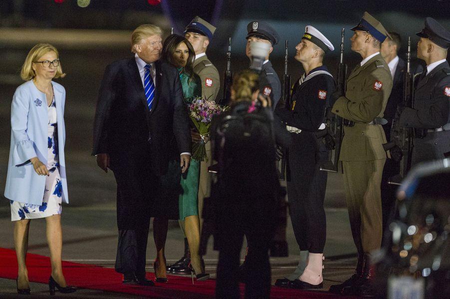 Melania et Donald Trump à leur arrivée à Varsovie, le 5 juillet 2017.