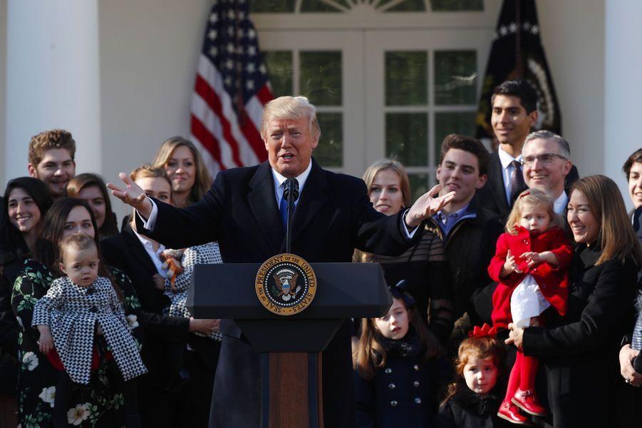 Donald Trump à la Maison-Blanche avec les représentants de la Marche pour la vie, le 19 janvier 2018.