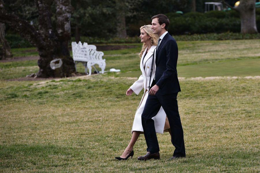 Ivanka Trump et Jared Kushnerquittent la Maison Blanche, le 17 février 2017.