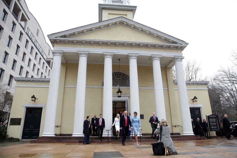 Melania et Donald Trump à l'égliseépiscopalienne Saint John, le 20 janvier 2017.