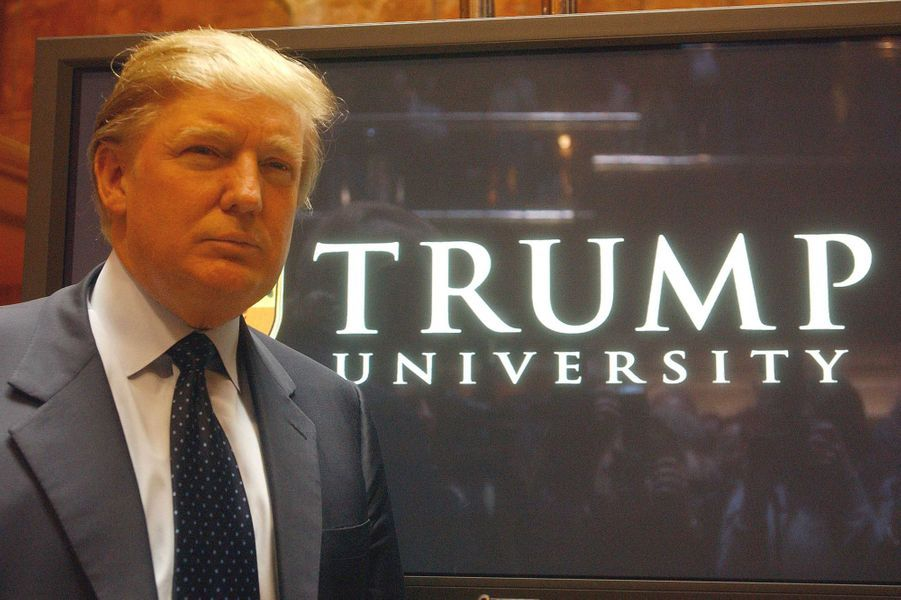 Donald Trump à l'annonce du lancement de la Trump University, en mai 2005.