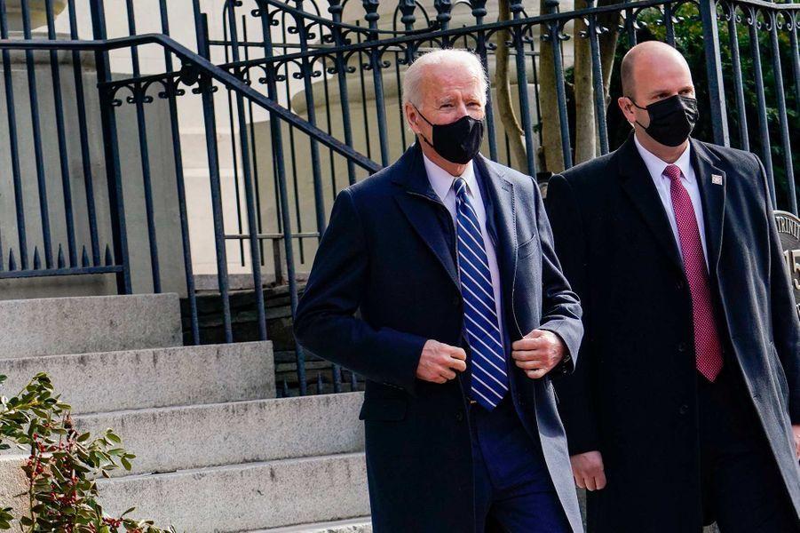 Joe Biden s'est rendu en famille à l'église Holy Trinity de Washington, le 24 janvier 2021.