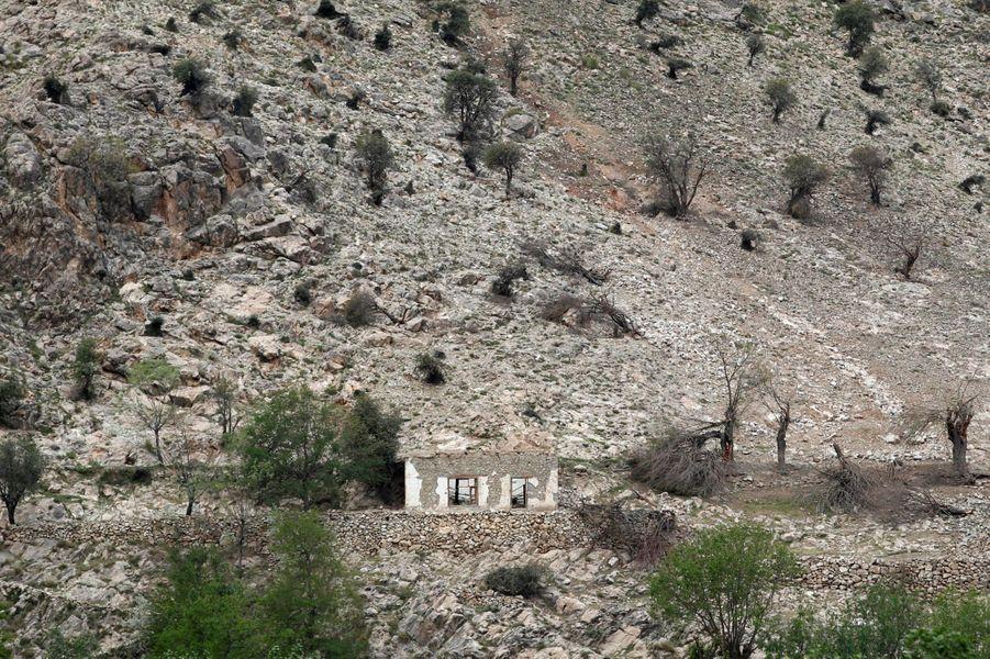 L'endroit où «la mère de toutes les bombes» a frappé, en Afghanistan.