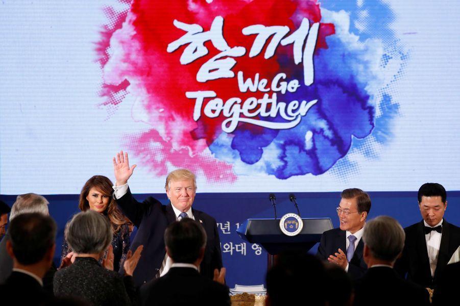 Melania et Donald Trump à la Maison Bleue, à Séoul, le 7 novembre 2017.