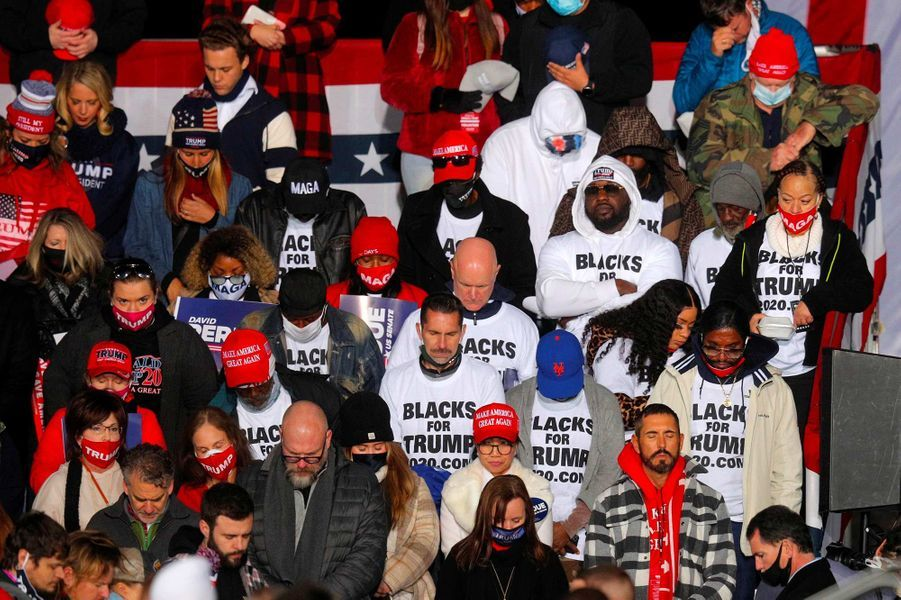 Des partisans républicains à Dalton, en Géorgie, le 4 janvier 2021.