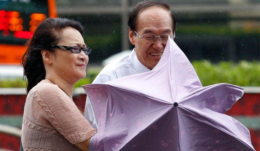 Les immenses précipitations à Taïwan ont causé des inondations de plus de 50 centimètres.