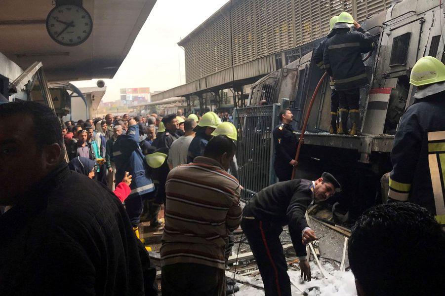 Tragique accident à la gare du Caire.