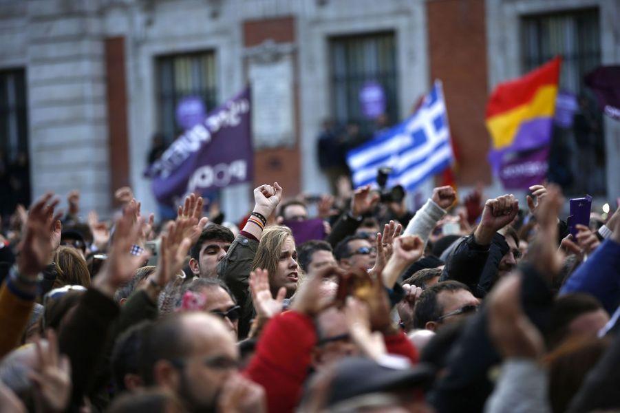 Place de la Puerta del Sol dans le centre de Madrid