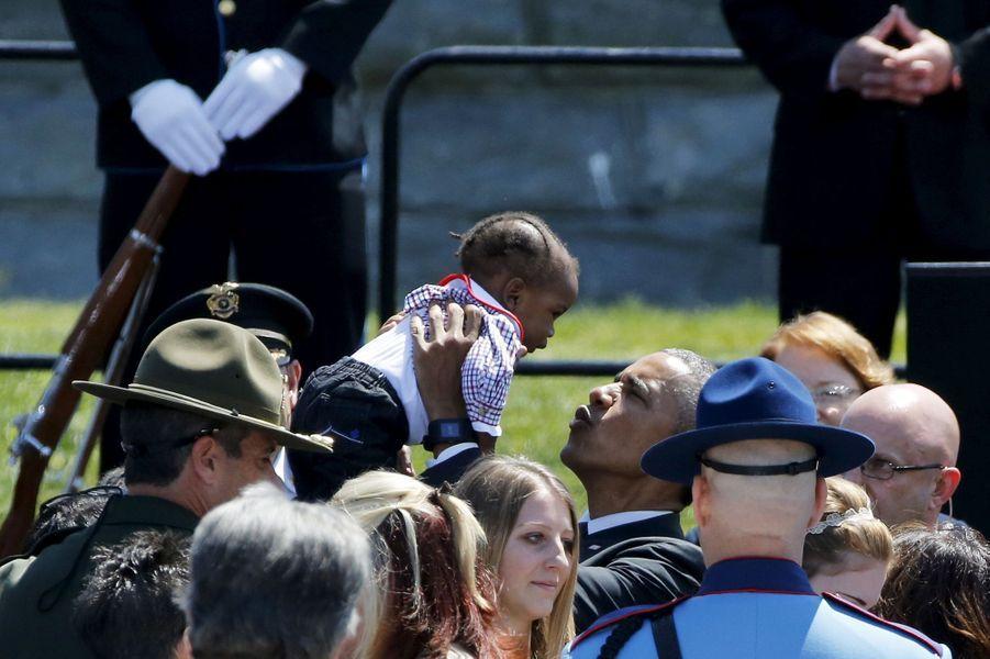 Barack Obama à une cérémonie en hommage aux policiers disparus à Washington, le 15 mai 2015.