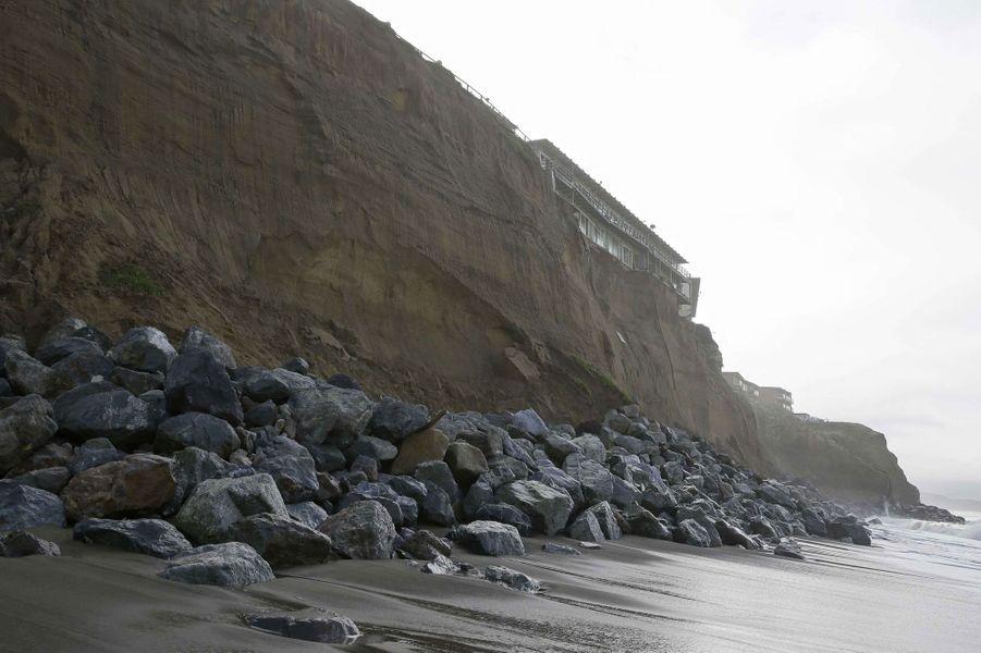 Californie. Quand la falaise menace de s'effondrer