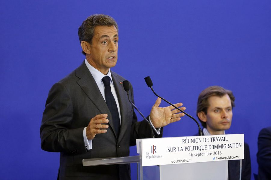 Nicolas Sarkozy, lui, toucherait jusqu'à 150.000 euros par intervention