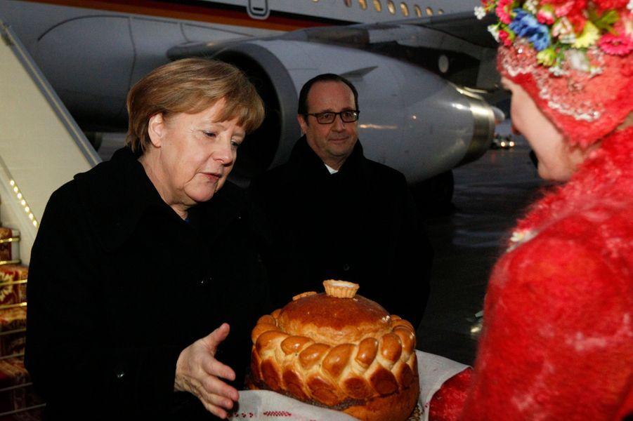 Angela Merkel bien accueillie à Minsk