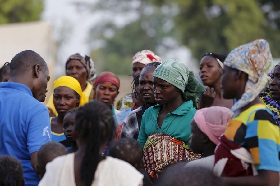 Briefing sur l'arrivée de nouvelles personnes secourues