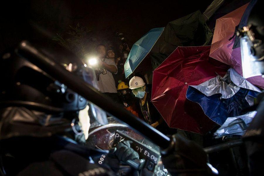 Hong Kong. La vitre brisée de la dernière chance