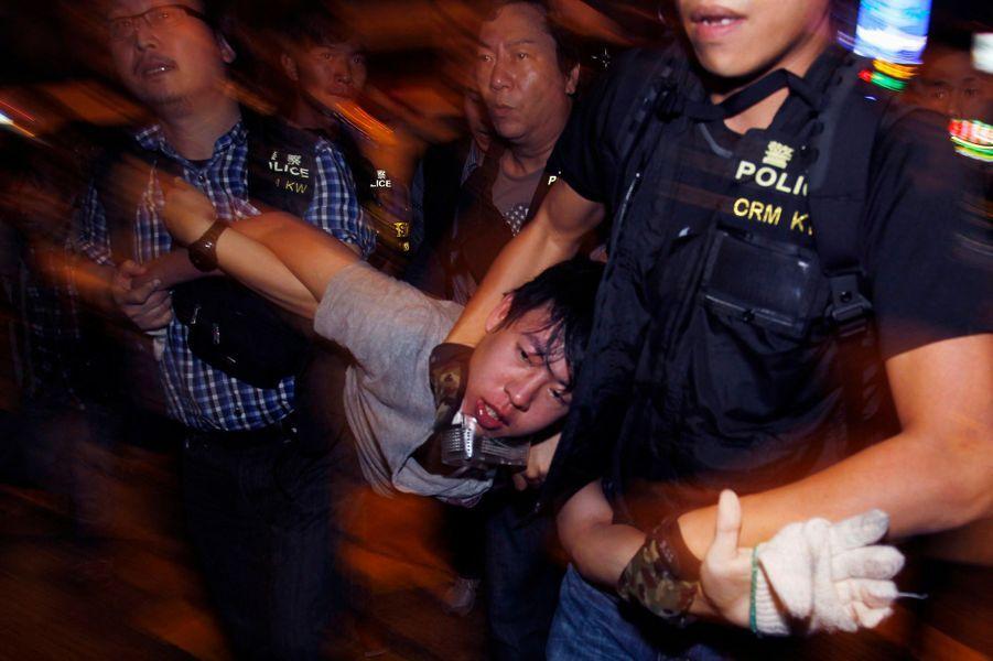 Hong Kong. Les leaders des manifestants arrêtés
