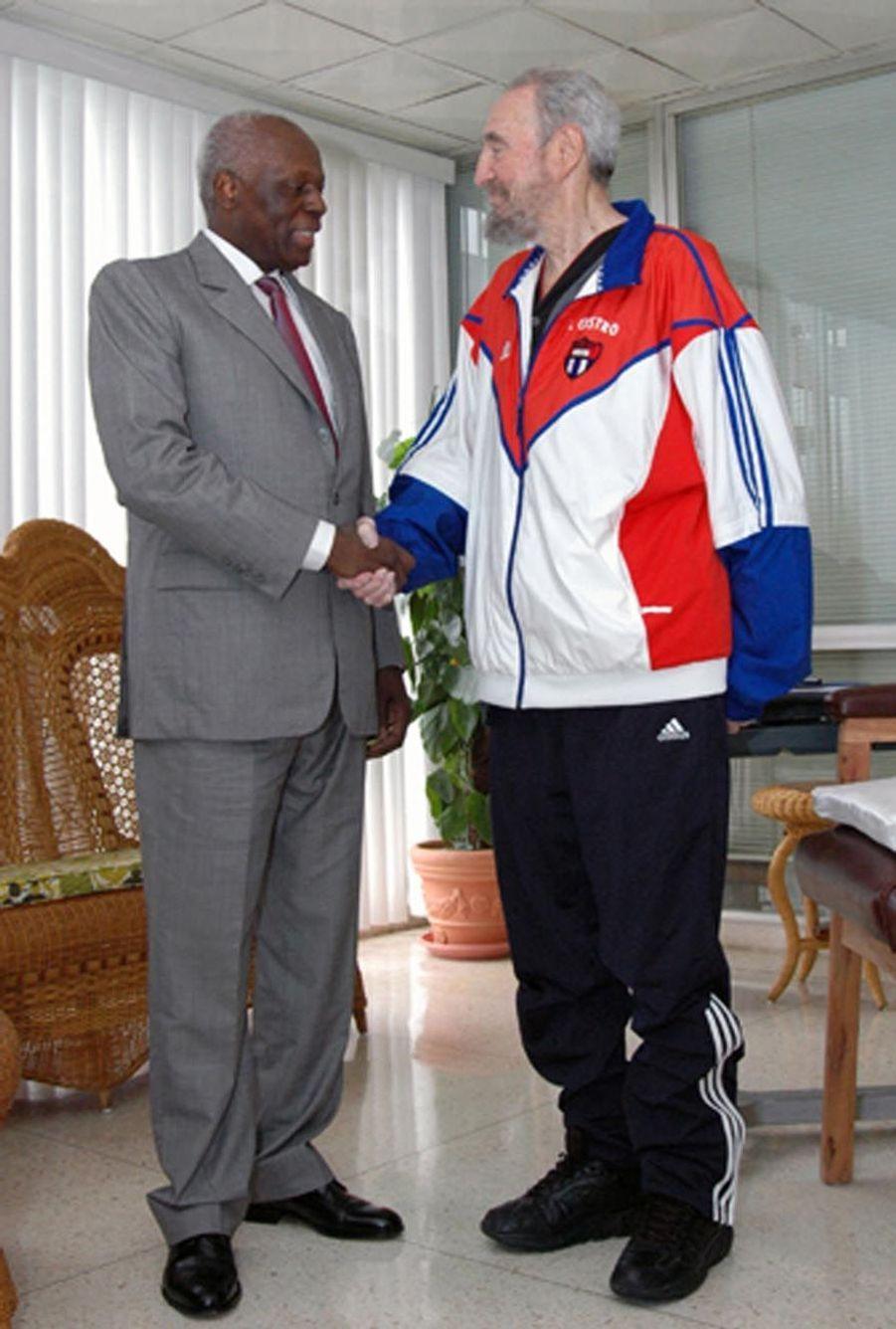 José Eduardo dos Santos avec Fidel Castro en 2007