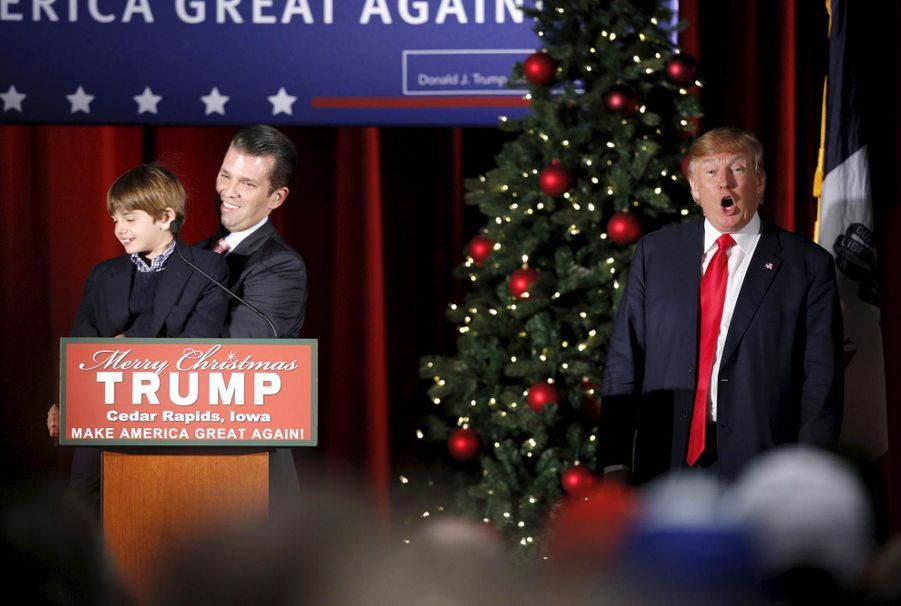 Don Trump Jr. et son fils Donnie, 6, ans, à un meeting de Donald en décembre 2015