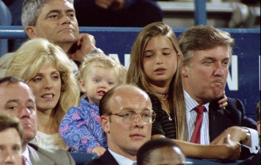 Donald Trump, Marla Maples Trump et leur famille en septembre 1994