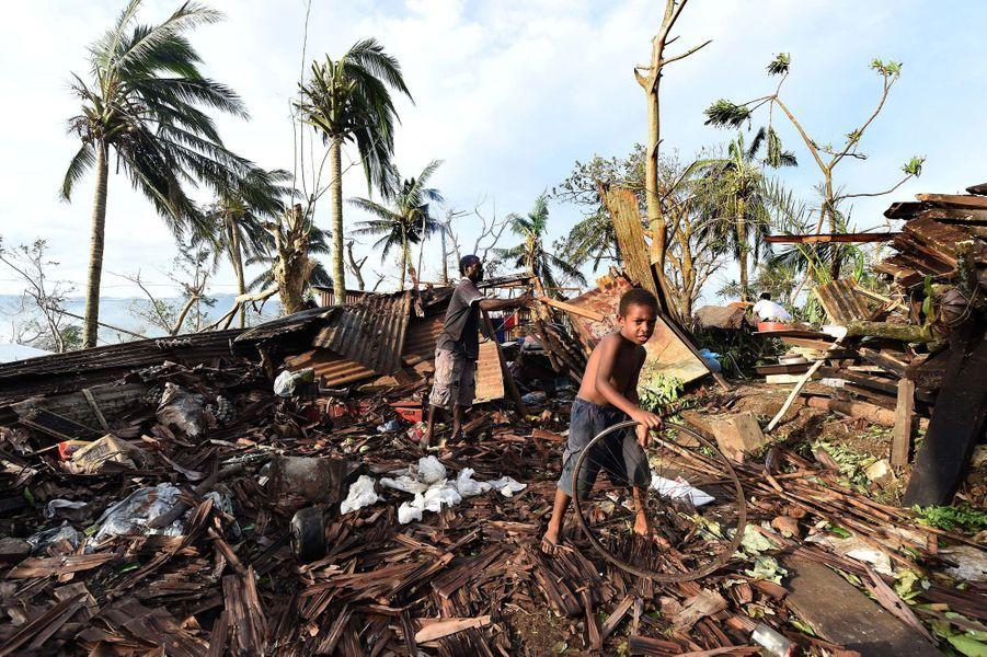 16 mars. Les iles Vanuatu ravagées par un typhon
