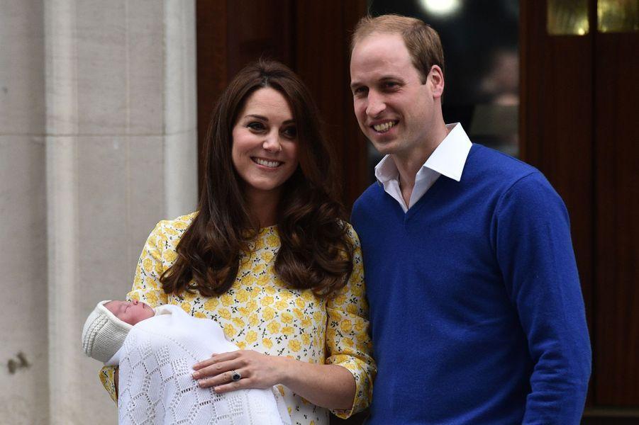 2 mai. Naissance de la princesse Charlotte, deuxième enfant du prince William et de Kate Middleton