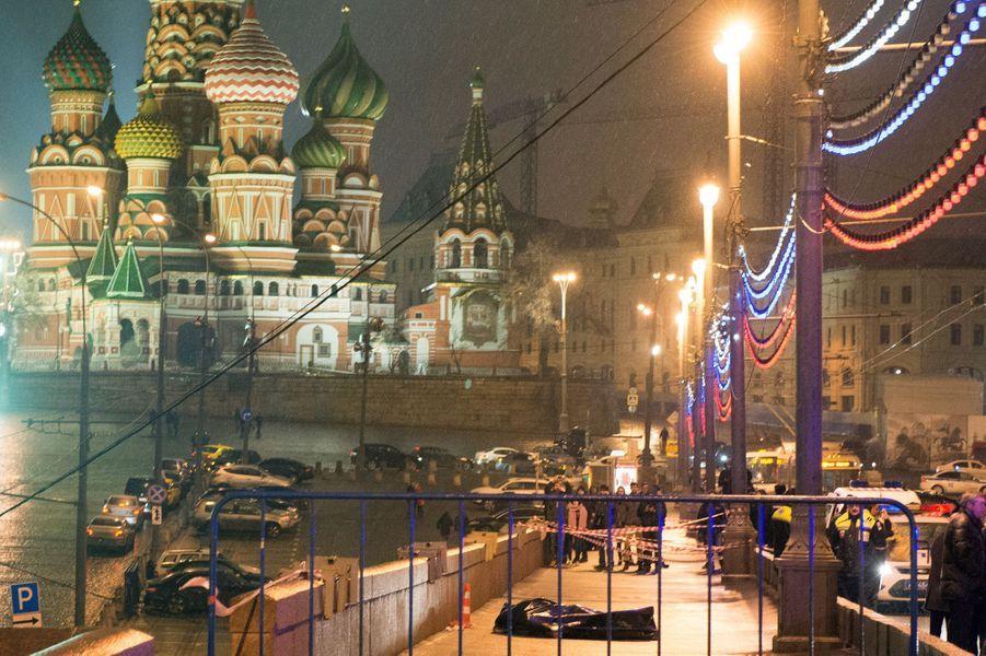28 février. L'opposant russe Boris Nemtsov assassiné à Moscou