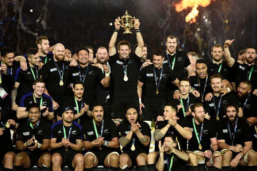 31 octobre. Victoire de la Nouvelle-Zélande à la Coupe du monde de rugby