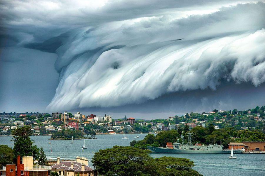 6 novembre. Spectaculaire tempête à Sydney, en Australie