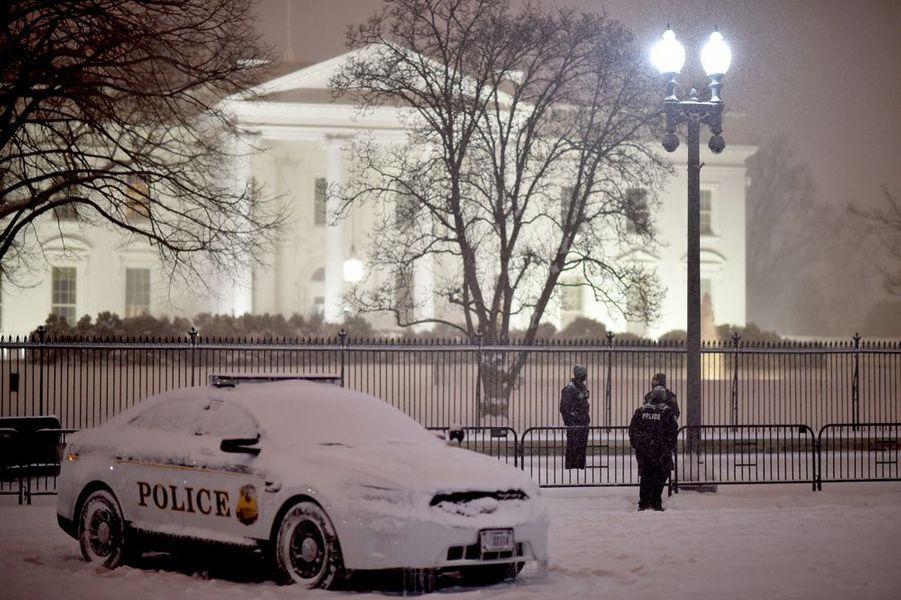 "La tempête ""Snowzilla"" paralyse Washington"