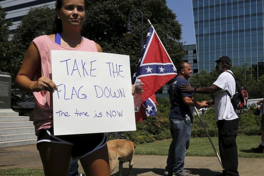 Le drapeau confédéré est facteur de tensions après la tuerie de Charleston