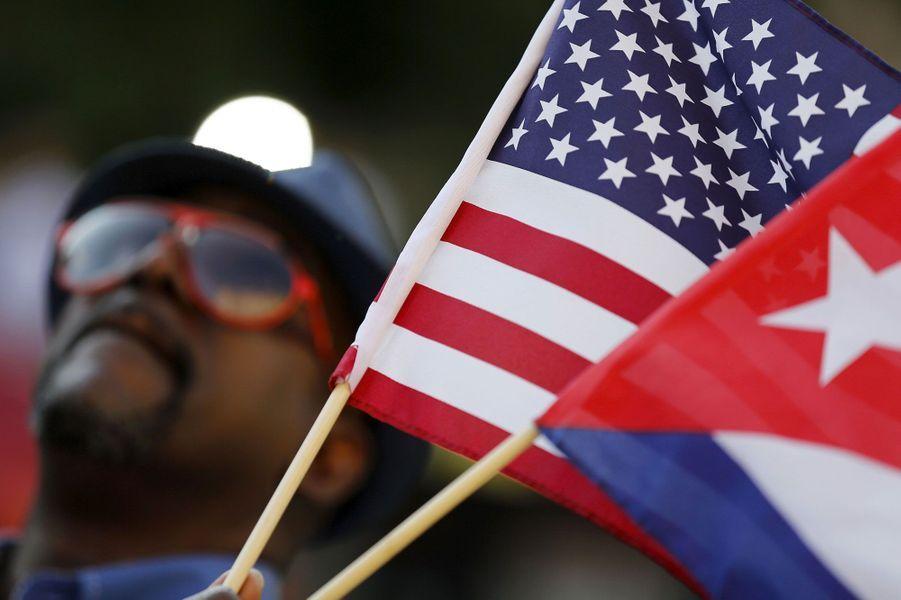 Le drapeau cubain hissé à Washington
