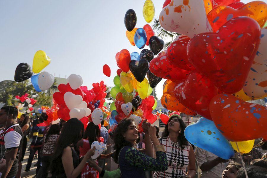Célébrations de la nouvelle année 2016 à Ahmedabad (Inde)