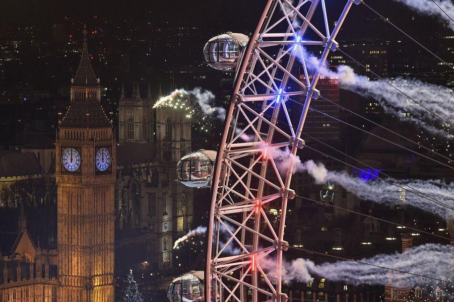 Célébrations de la nouvelle année 2016 à Londres (Royaume-Uni)